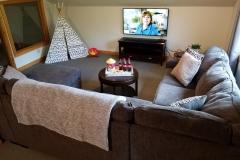 Upper-Family-Room-Lake-Leelanau-Retreat-House