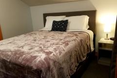 Upper-Queen-Bedroom-3-Lake-Leelanau-Retreat-House